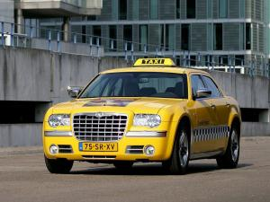 2004 Chrysler 300C Taxi